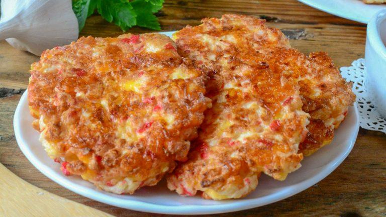 Кулинарный рецепт: Котлеты из крабовых палочек с сыром на ГОТОВИМ СМАЧНО