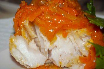 Кулинарный рецепт: Рыба под маринадом из моркови и лука на ГОТОВИМ СМАЧНО