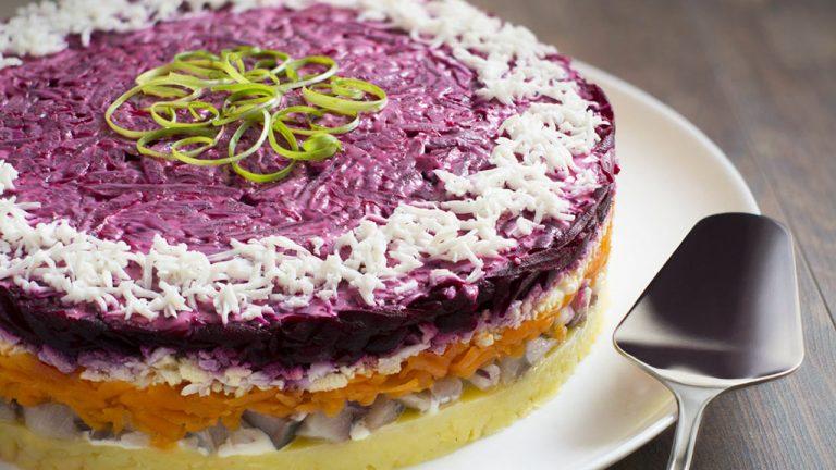 Кулинарный рецепт: Салат «Селедка под шубой» на ГОТОВИМ СМАЧНО