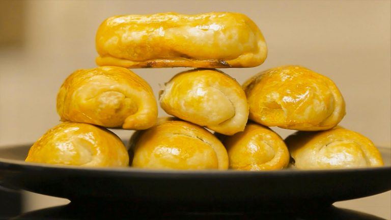 Кулинарный рецепт: Молдавские пирожки с капустой (вэрзэре) на ГОТОВИМ СМАЧНО