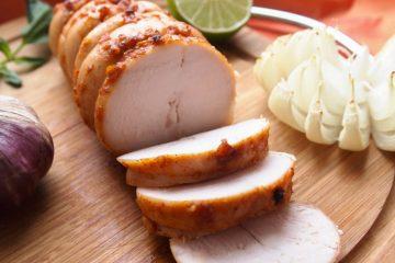 Кулинарный рецепт: Пастрома из куриной грудки на ГОТОВИМ СМАЧНО