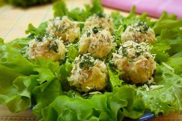 Кулинарный рецепт: Сырные шарики с курицей на ГОТОВИМ СМАЧНО