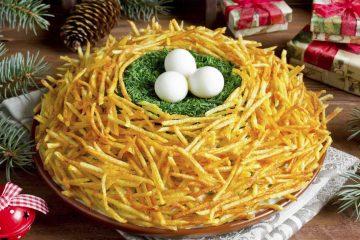 Кулинарный рецепт: Салат «Гнездо глухаря» с курицей на ГОТОВИМ СМАЧНО