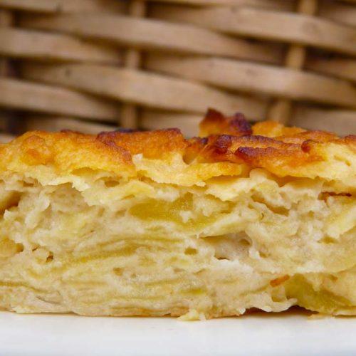 Кулинарный рецепт: Французский яблочный пирог «Невидимый» (Gâteau invisible aux pommes) на ГОТОВИМ СМАЧНО