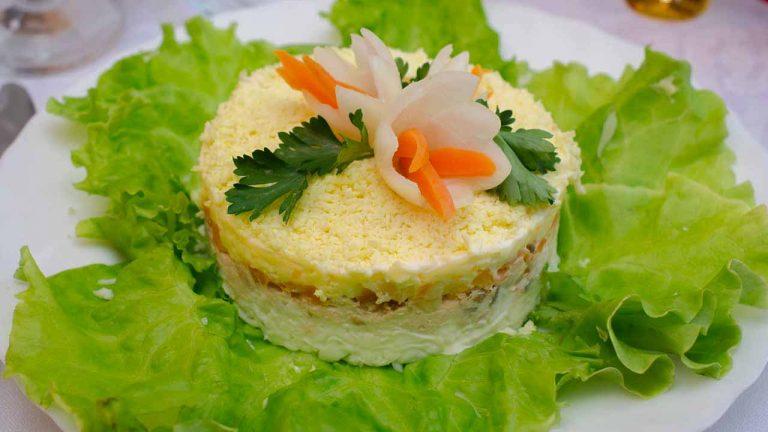 Кулинарный рецепт: Салат «Мимоза» с рисом на ГОТОВИМ СМАЧНО