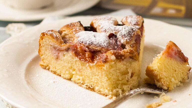Сдобный сливовый пирог